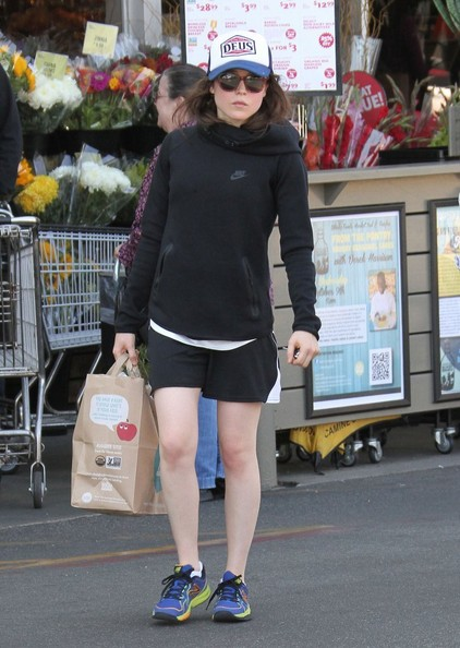 Ellen+Page+Ellen+Page+Shops+Whole+Foods+XiN22__n-Ewl