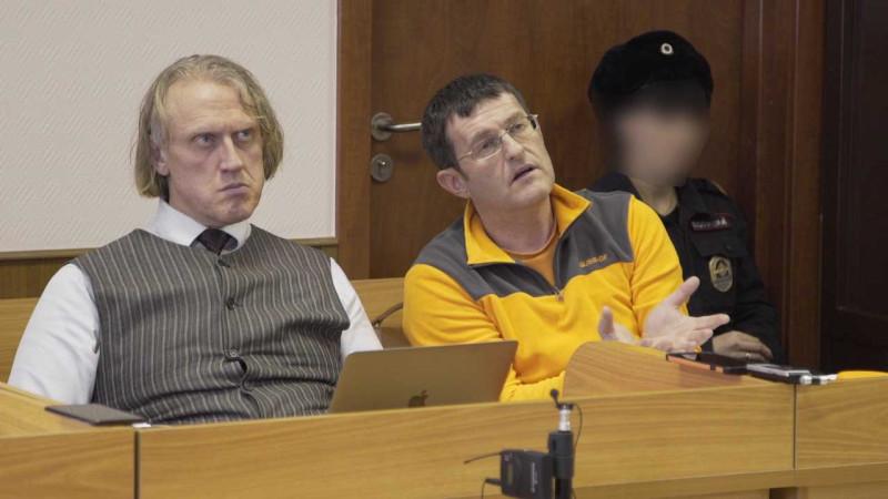 Двое из героев, без которых отмена первого приговора не состоялась бы -- адвокаты Евгении Шестаевой Кленовицкий С.А. и Клейменов А.Я.
