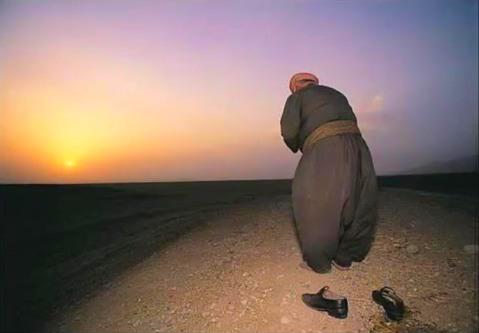 Езид поклоняется солнцу. Иракский Курдистан