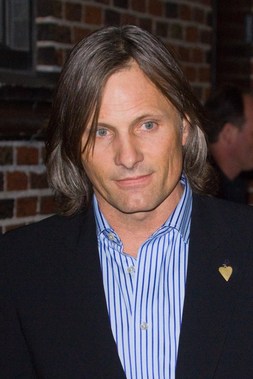 Viggo - Nov. 2009