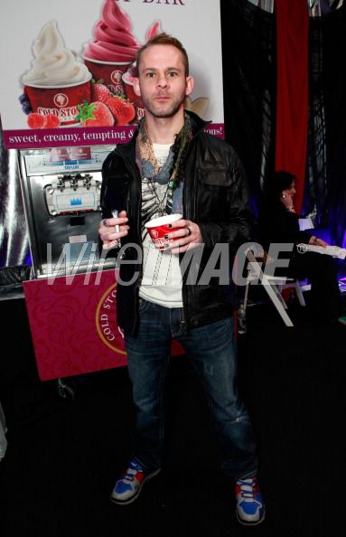 Dom at grammys gift event