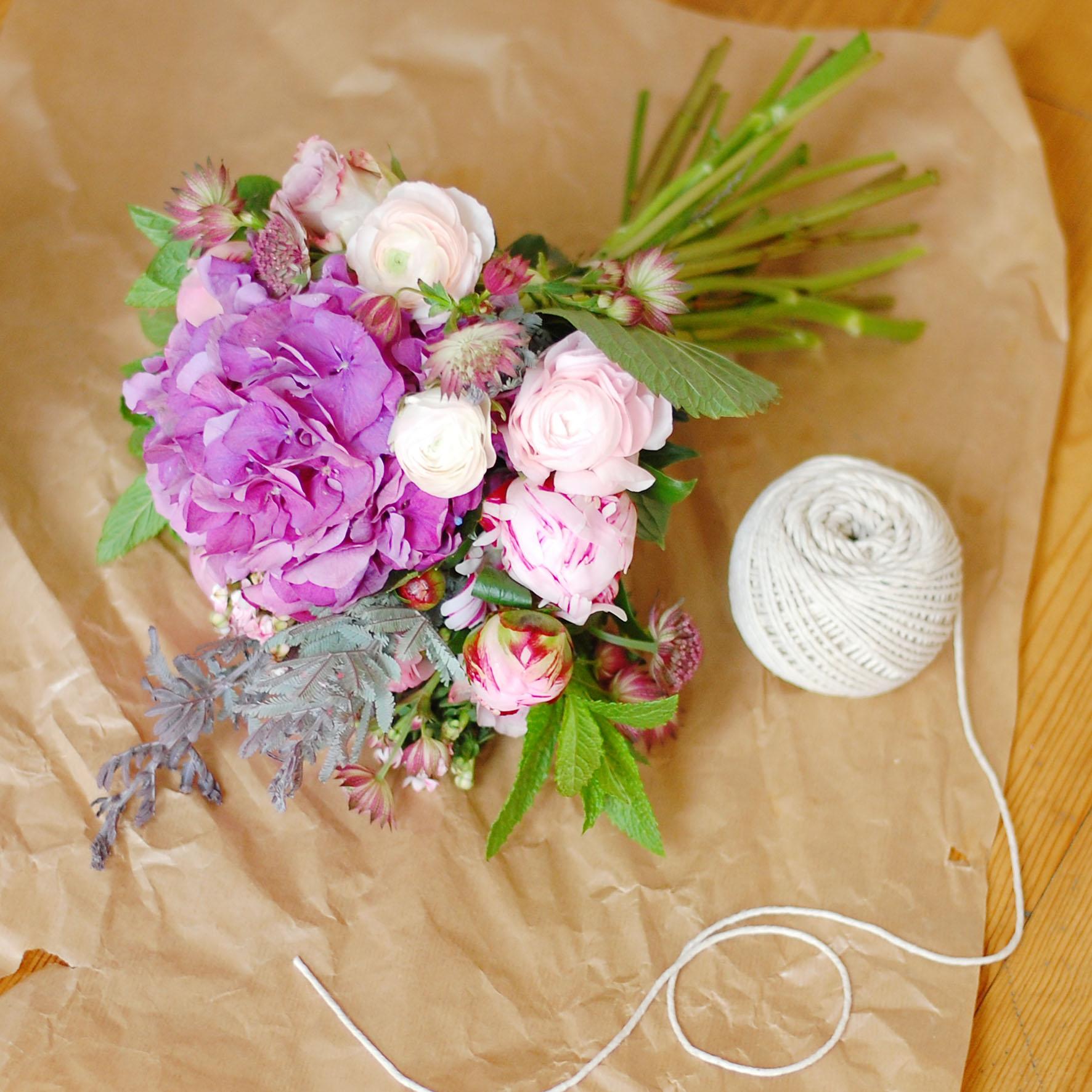Цветы у кого нибудь есть цветы