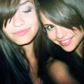 selena-demi-best-friends-forever