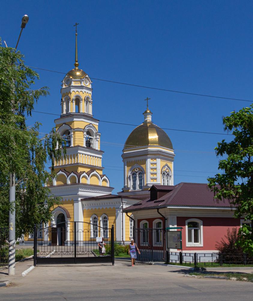 Кафедральный Свято-Троицкий собор.