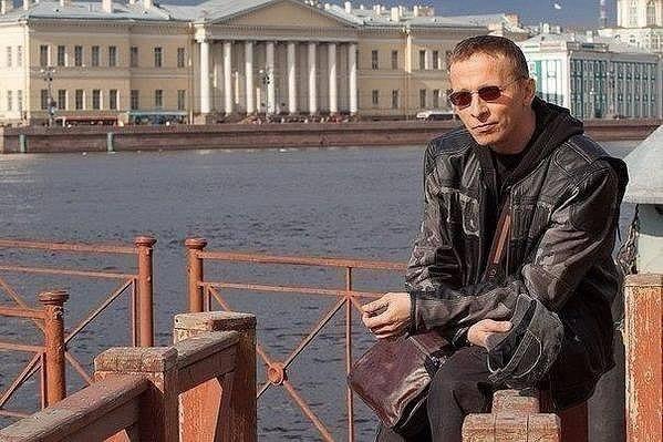Иван Охлобыстин — Борису Акунину: «Не путайтесь под ногами у нации»
