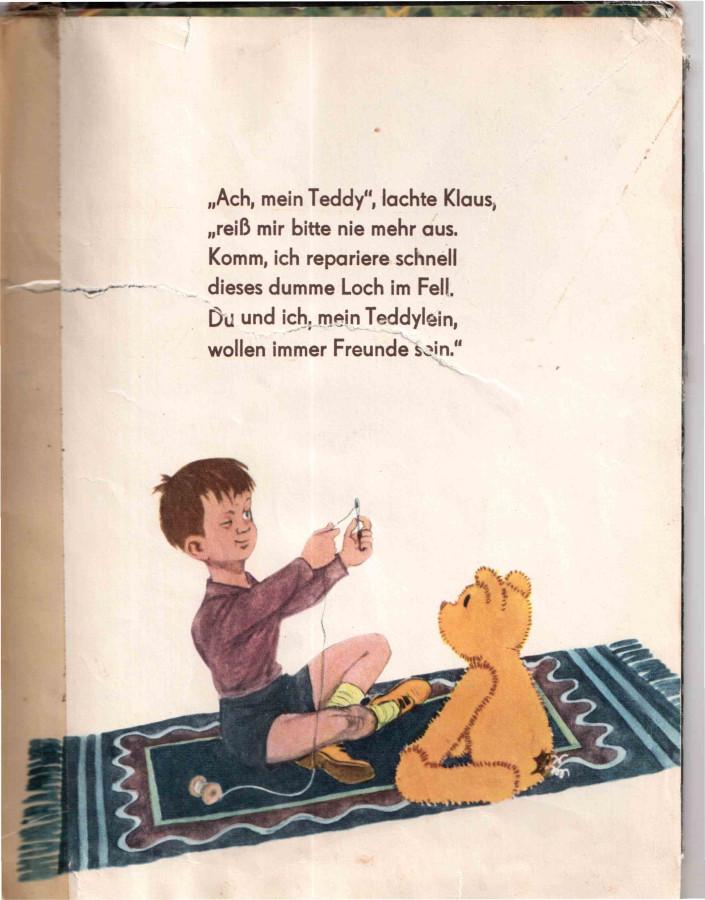 Клаус зашивает Тедди