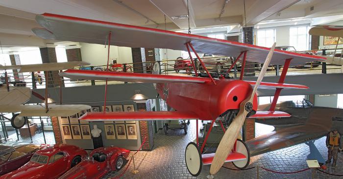 croppedimage700365-Fokker-Dr-1
