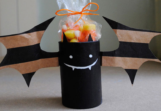 Batty-Treat-Holders1