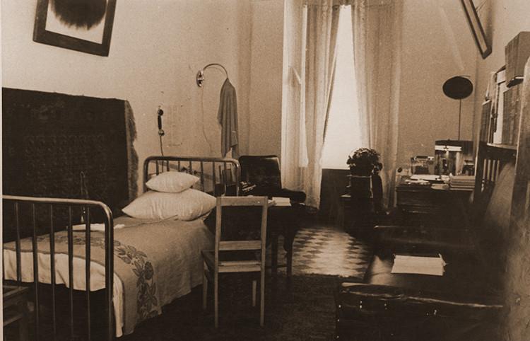 Кабинет Н.А. Островского в последней  московской квартире писателя.