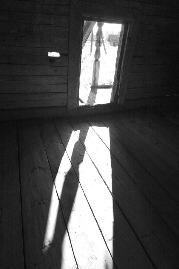 050. Дверь