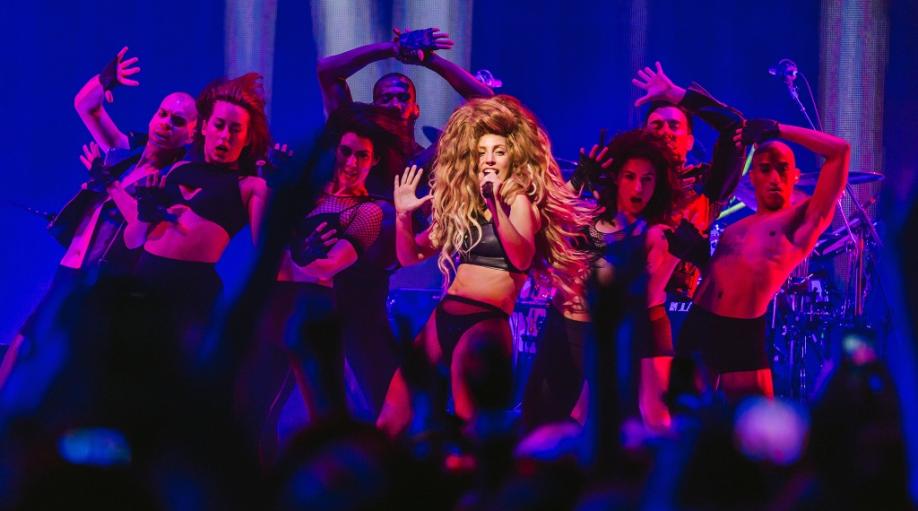 LG (iTunes Festival 2013)