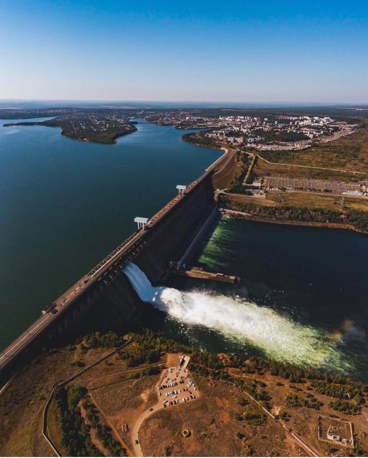 ...............Братская ГЭС.Аодопад.h-2_dKN0Bus.jpg