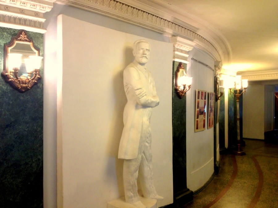 Пермский театр оперы и балета коридор