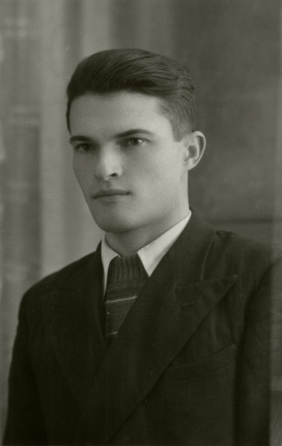 Адольф Георгиевич