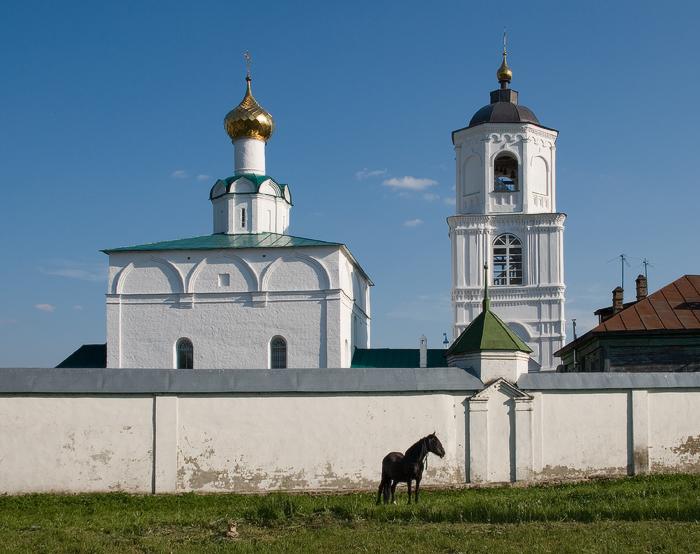Васильевский монастырь. ввечеру.jpg