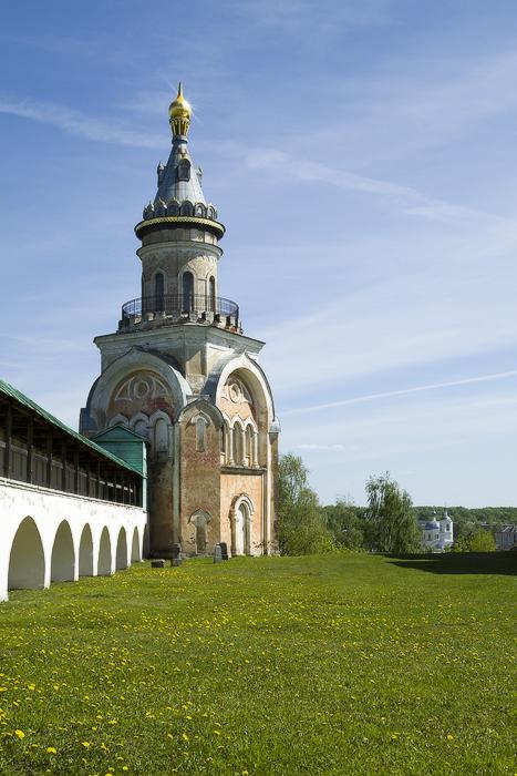 Борисоглебский мужской монастырь.  Свечная башня-2.jpg