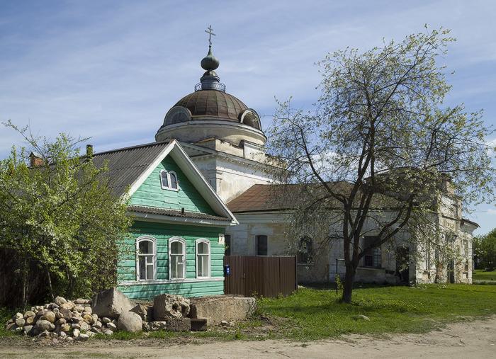 Воскресенская церковь-3.jpg
