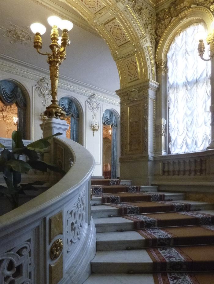 дом учёных им. М. Горького. парадная лестница-08.jpg