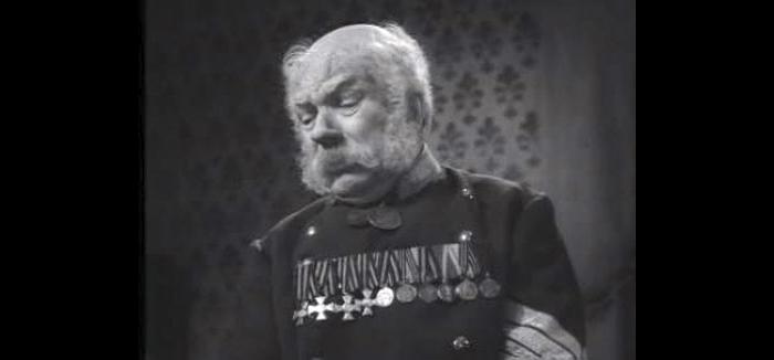 Сила Ерофеич Грознов - отставной унтер-офицер (актёр Федор Григорьев).jpg