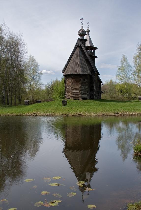 музей-деревянного-зодчества.-церковь-Спаса-Всемилостивого-из-села-Фоминское