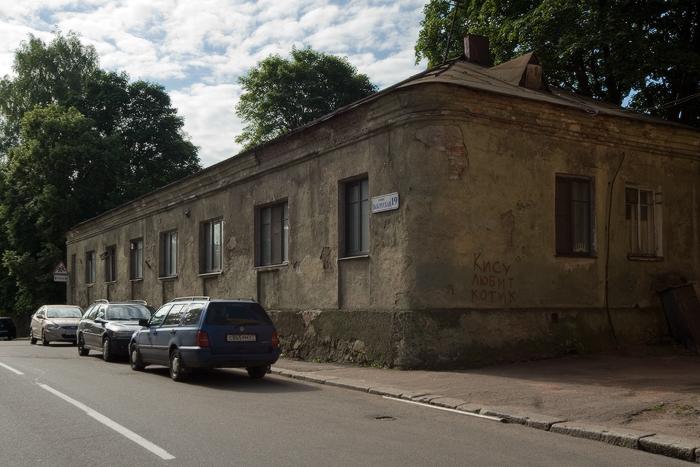 Артиллерийская-казарма-XVIII-век.jpg