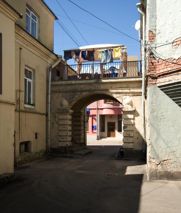 Краснофлотская-улица.-деловой-и-жилой-дом-В.-Диппеля.jpg