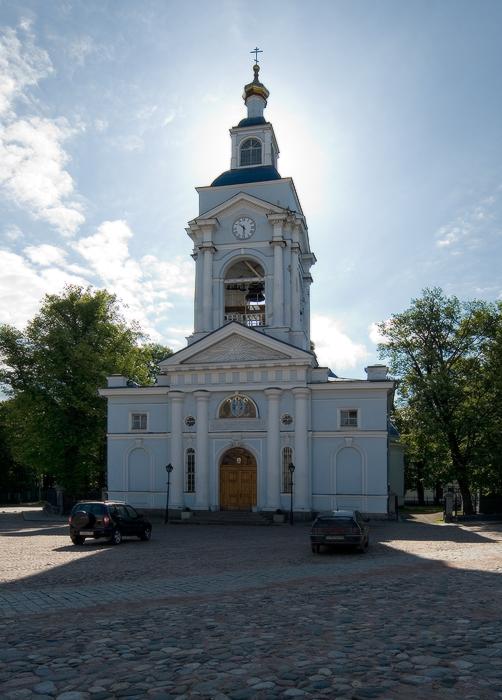 Спасо-Преображенский-кафедральный-собор.-в-тени-собственного-величия.jpg