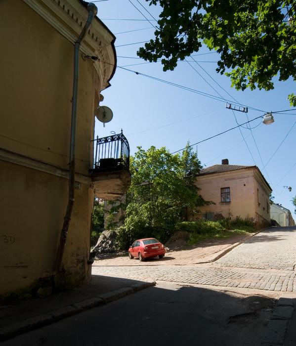 улица-Водной-Заставы.-дом-Лунда-и-«Дом-на-скале».jpg