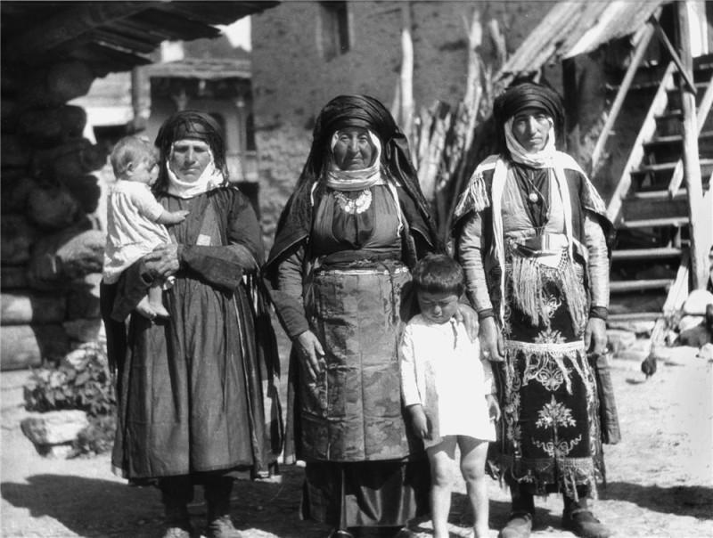 сваны. 1930-е. фото с форума, источник неизвестен.