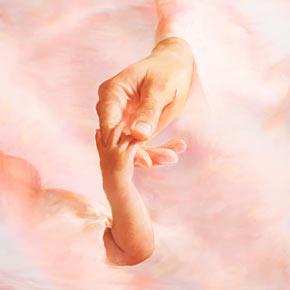 15_gods-love-hands