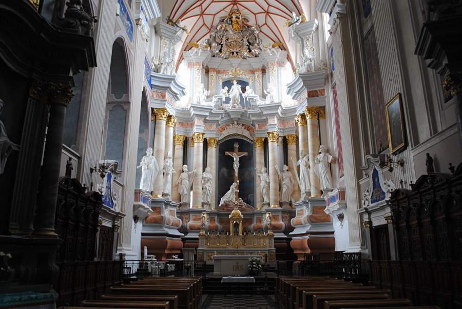 33 Католический храм, интерьер 02