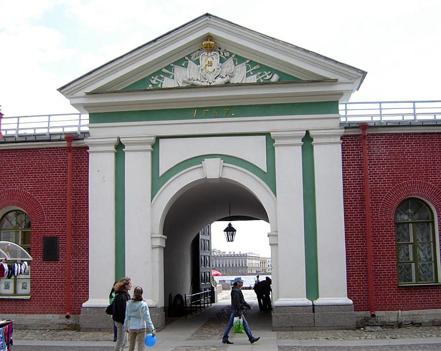 03 Невские ворота общий вид