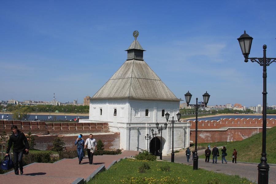 14-1 Казань кремль Тайницкая башня