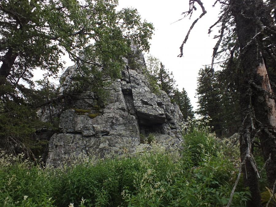26-06 разрушенные скалы