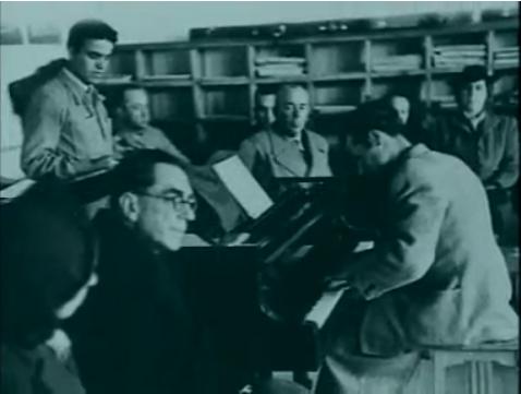 Урок музыки пианино 1946