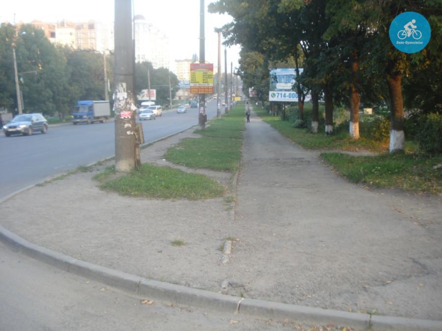 Іванофранківцям показали як можуть виглядати велодоріжки на Галицькій (фото) - фото 1