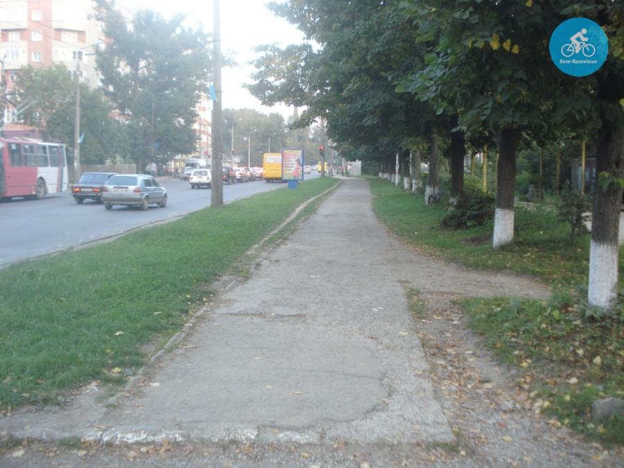Іванофранківцям показали як можуть виглядати велодоріжки на Галицькій (фото) - фото 14