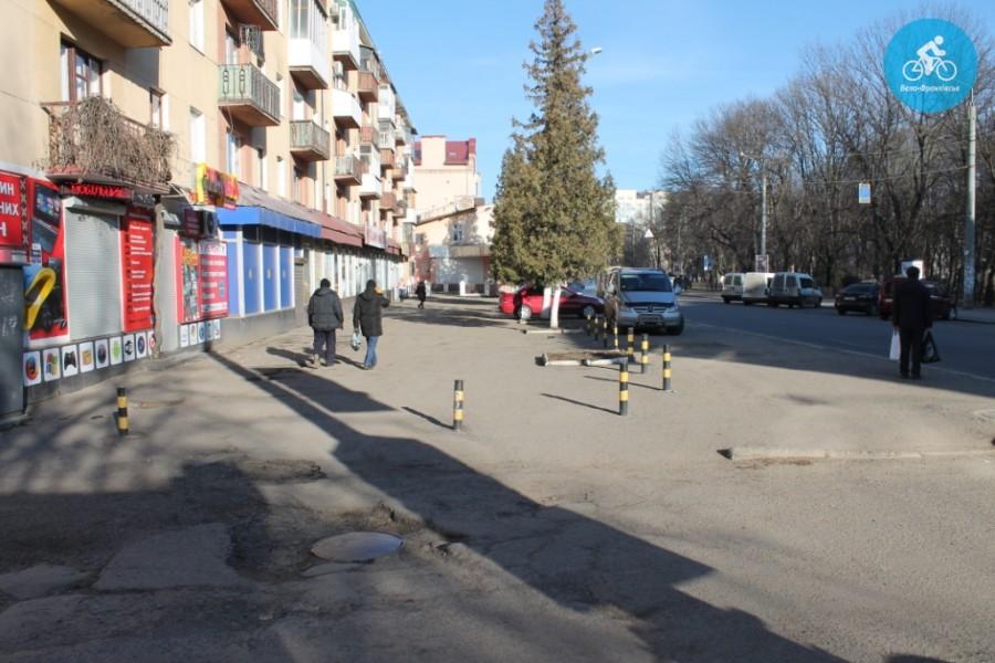 Іванофранківцям показали як можуть виглядати велодоріжки на Галицькій (фото) - фото 41