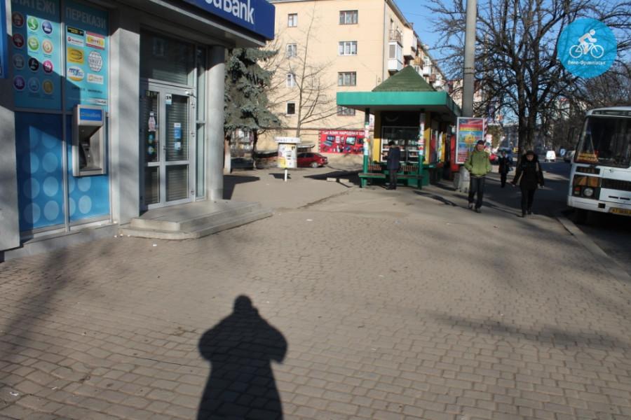 Іванофранківцям показали як можуть виглядати велодоріжки на Галицькій (фото) - фото 48