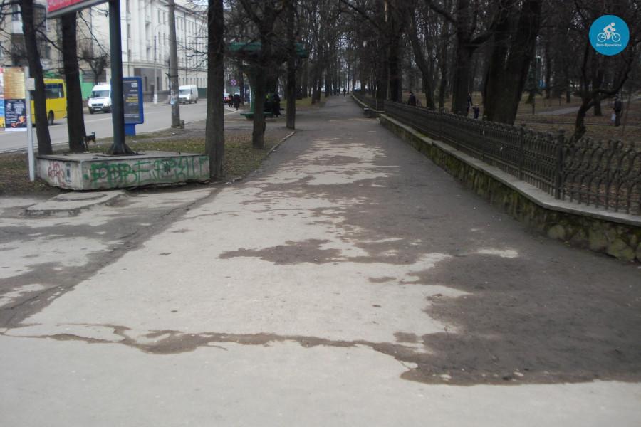 Іванофранківцям показали як можуть виглядати велодоріжки на Галицькій (фото) - фото 67