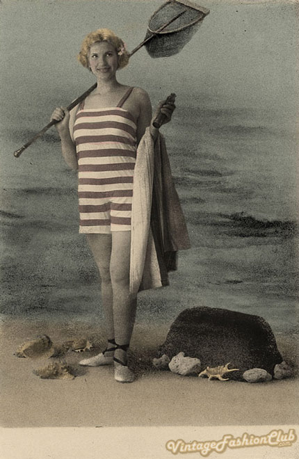 vintage-holiday-1920s-swimsuit
