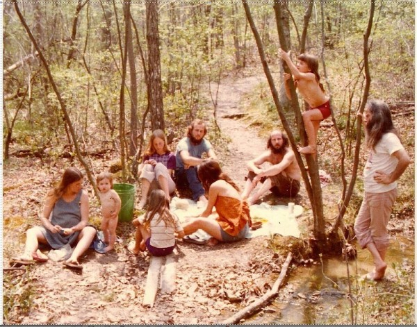 hippie-commune-creek