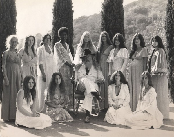 hippie-commune-source-family-4