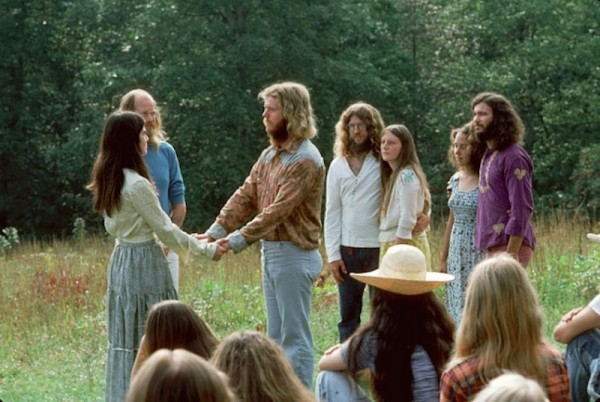 hippie-commune-the-farm-2