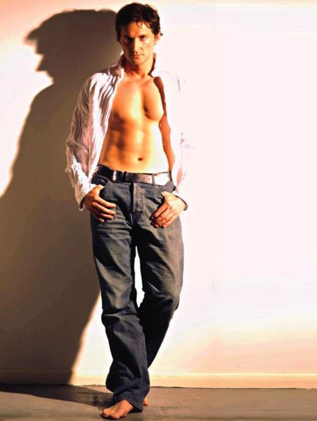 richard armitage shirtless