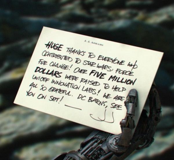 star-wars-episode-vii-robot-hand-104458
