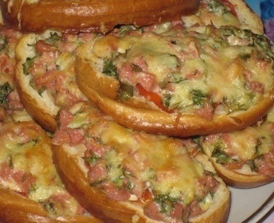 Горячие бутерброды в духовке рецепты с сыром и ветчиной