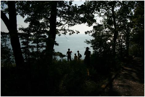 Источник: семейный фотоальбом, 2010г.  Аше – курортный микрорайон в  Лазаревском районе «города-курорта Сочи» в Краснодарском крае.
