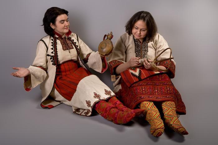 женский костюм македонцев