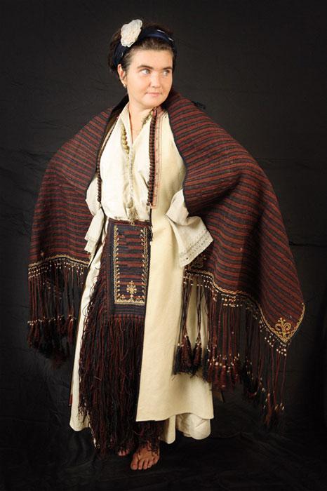 женский черногорский костюм